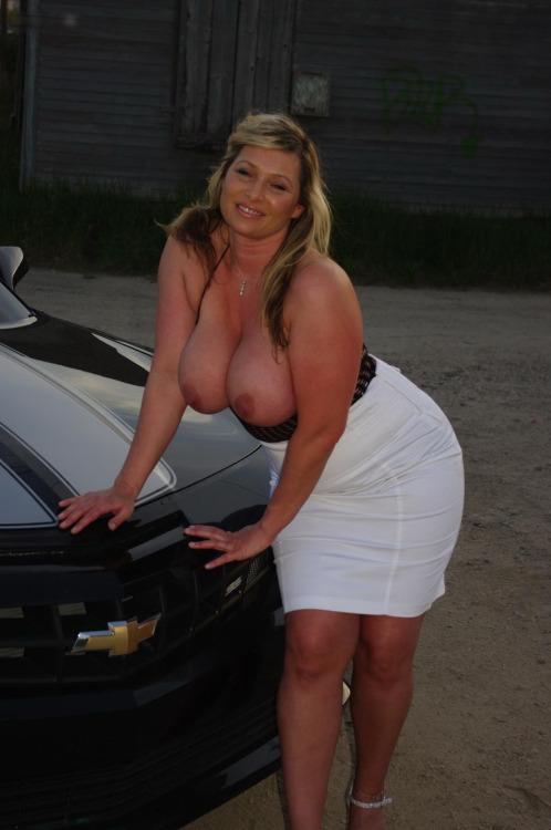 femme cochonne et photo demande plan baise sur le 32