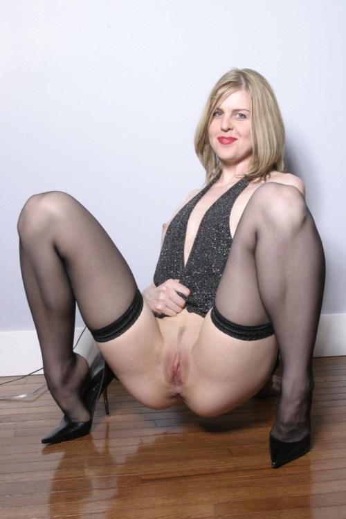 maman sexy qui recherche du sexe dans le 11