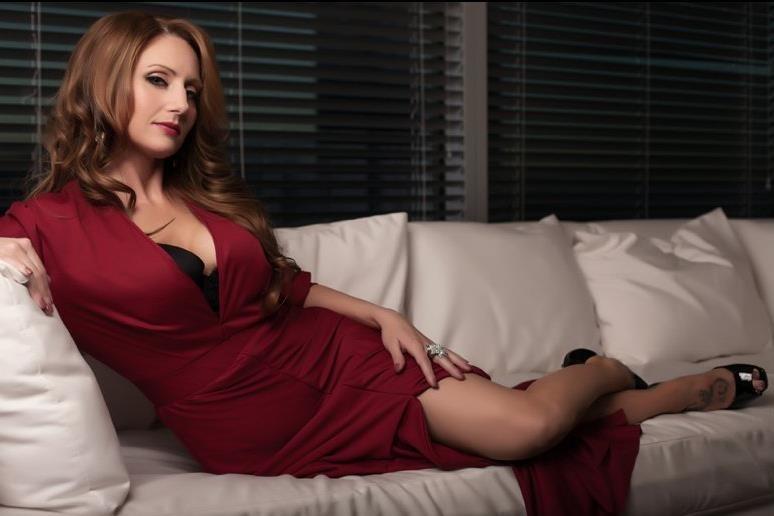 maman sexy qui recherche du sexe departement 17