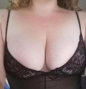 photo de milf du 31 très sexy et très salope